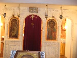 Иконостас храма Святой Нины