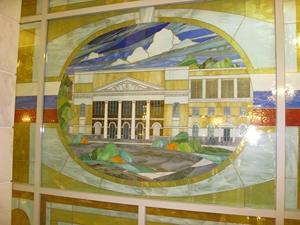 Витражи во Дворце культуры Хабаровска