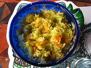 Зеленая редька с морковкой